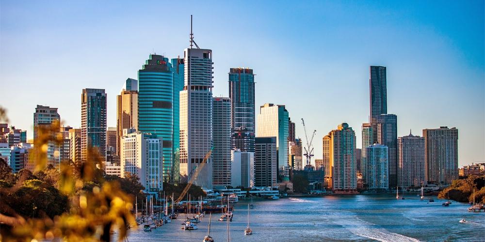 Brisbane river city skyline